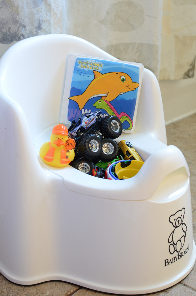 {Storage for bath toys.}